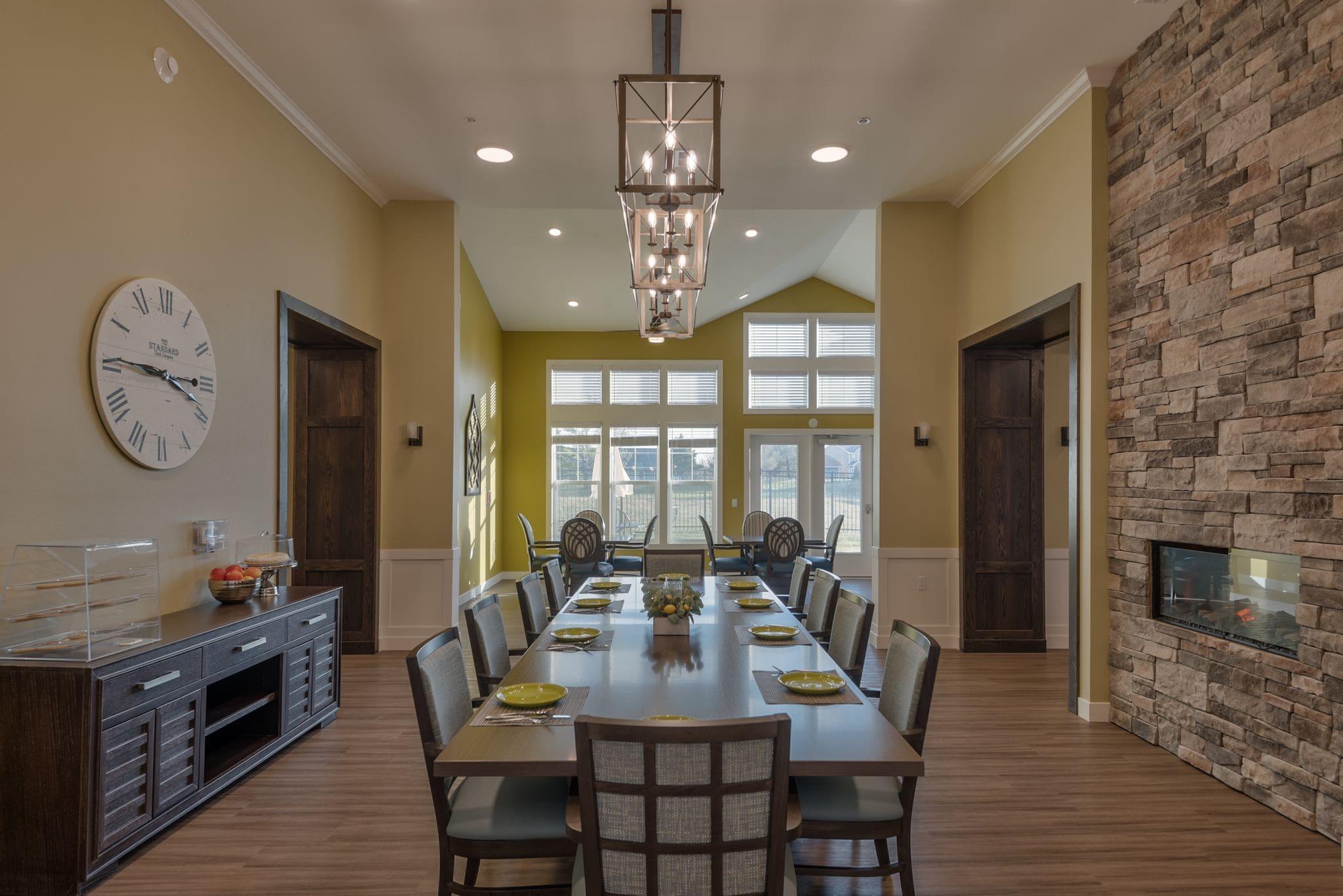 dining room-min